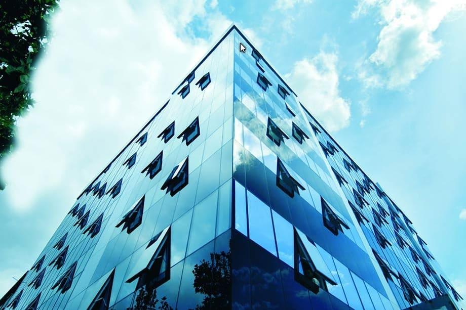 Guardian SunGuard High Selective (skleněná budova)