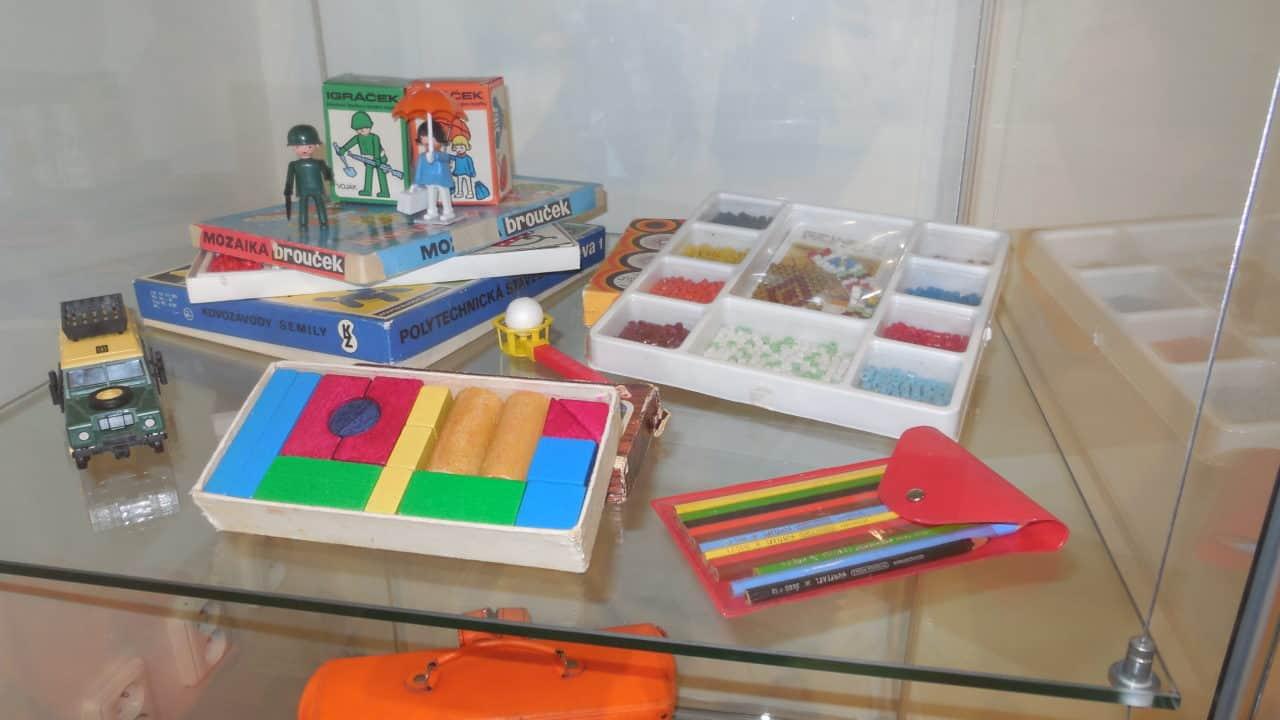 RETRO výstava 70. a 80. let - hračky 01