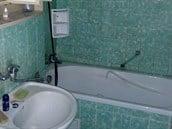 panelakovy-byt-31-dispozice-pokoju-dobra-koupelna-a-wc-tragicke-idnes-cz-bydleni-14-10-2016