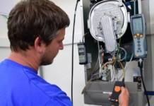 Servisní prohlídka plynového kotle technikem (Thermona) 2