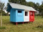 cech-postavil-nejlevnejsi-domek-na-svete-behem-jedineho-dne-idnes-cz-bydleni-8-11-2016