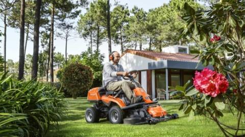 30 let zahradního rideru, Husqvarna uvedla jubilejní model