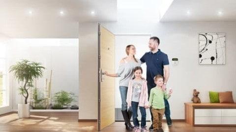 Bezpečnostní dveře jsou v novostavbách již standardem