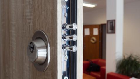 Bezpečnostní dveře – před čím ochrání a kam se hodí?