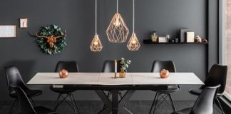 Jídelní stůl a stylové osvětlení