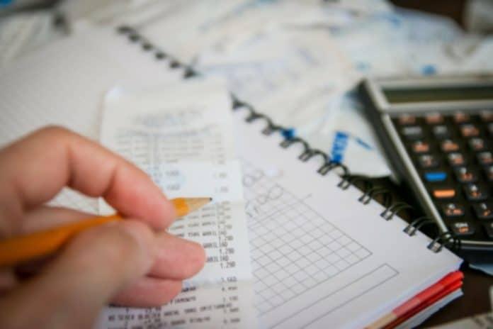 Kalkulačka účtenka peníze úspory