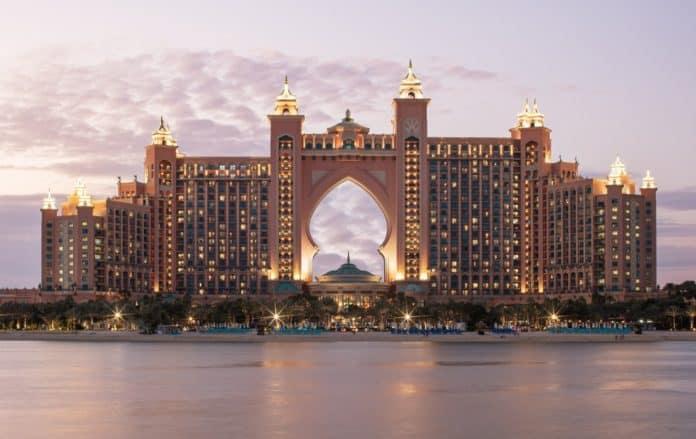 Preciosa Lighting - Atlantis the Palm Dubai Hotel