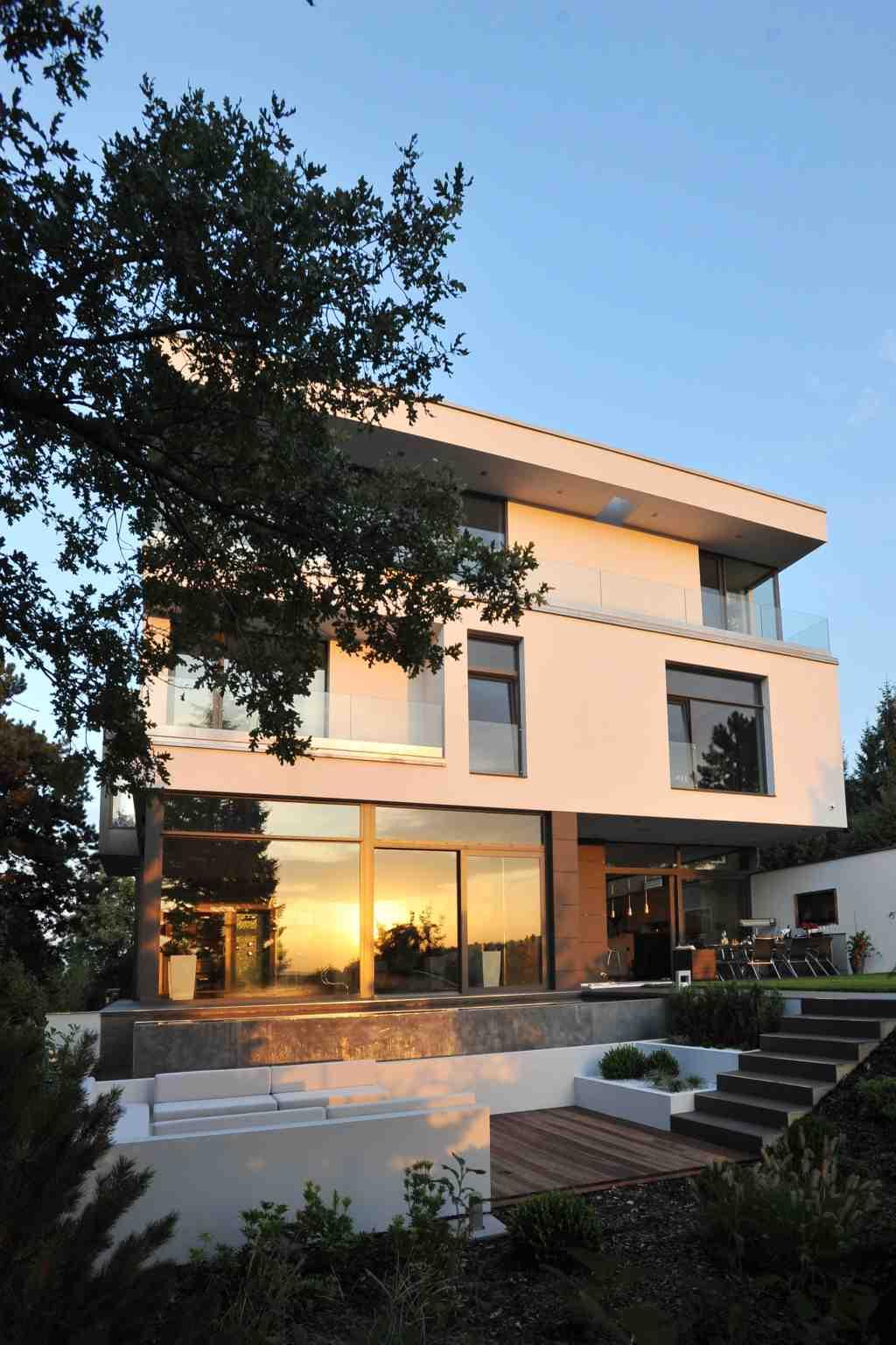 Vila Barrandov (Zumtobel) - svítání/soumrak