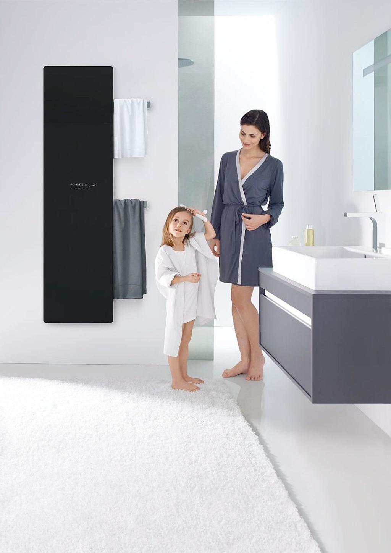 Koupelnový radiátor Zehnder Deseo Verso provedení černé lesklé