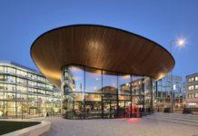 Budova ING Amsterdam, Nizozemsko, ohýbaná skla - foto č.1