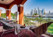 Vily XXII Carat v Dubaji - výhled na město