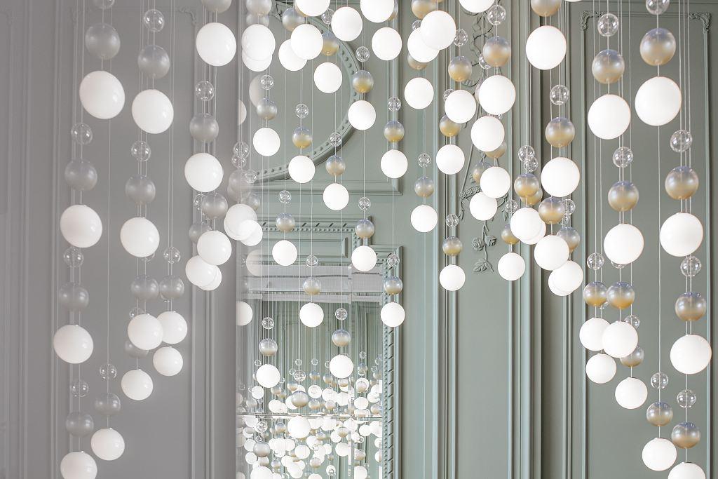 XXII Carat v Dubaji - světelná instalace Preciosa, detail, foto 3