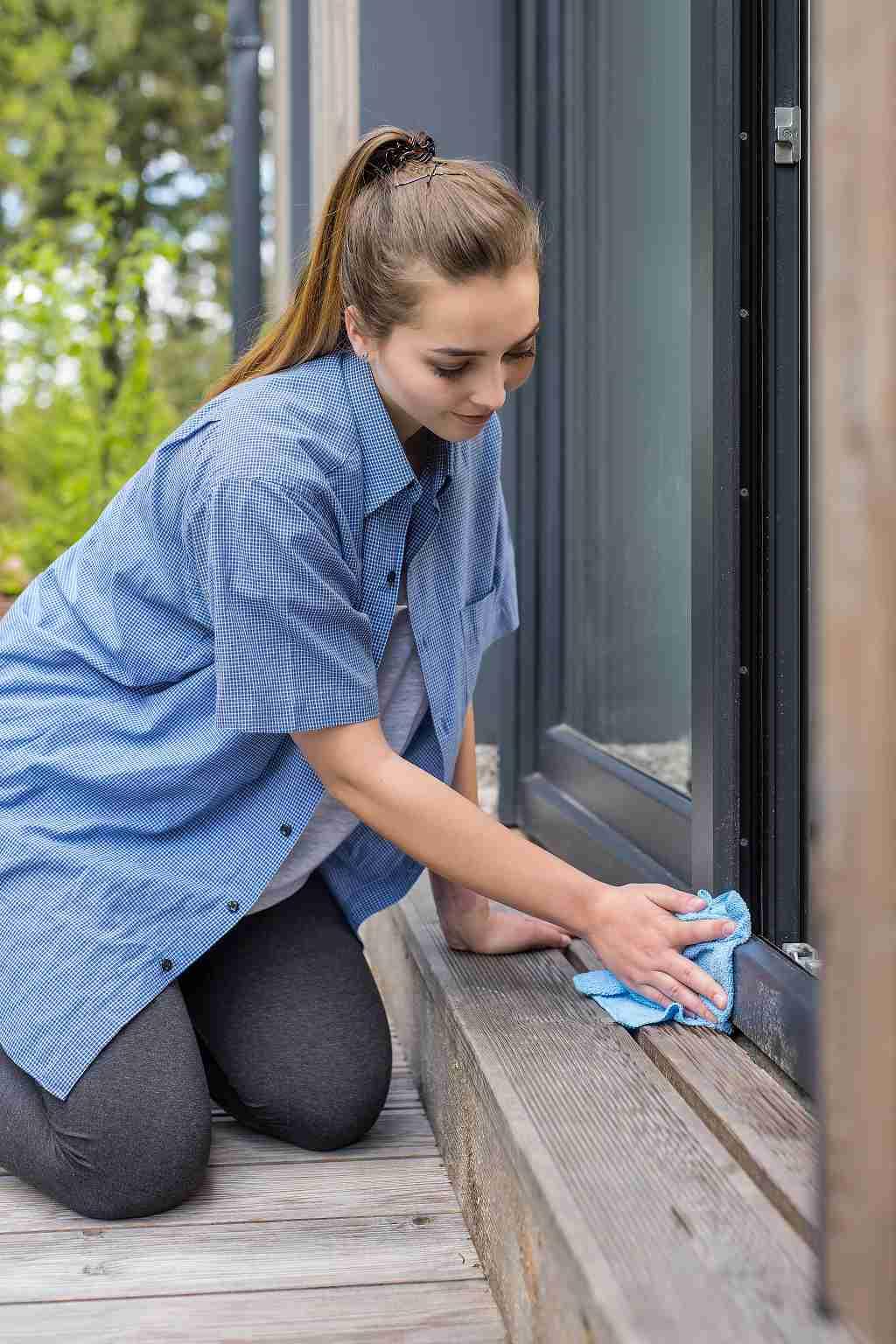 Čištění oken - očištění vnějších částí