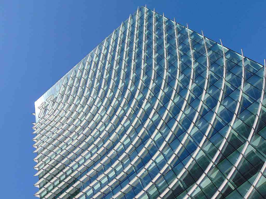Budova Castellana 77, Madrid, Španělsko 33886875348