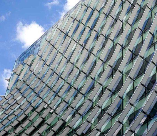 Budova Castellana 77, Madrid, Španělsko 40797556743