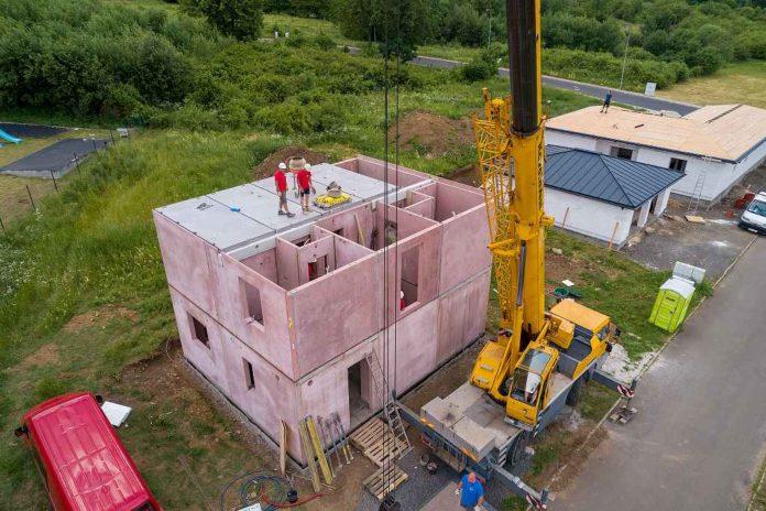 DJT - 19 Stavba domu druhé podlaží