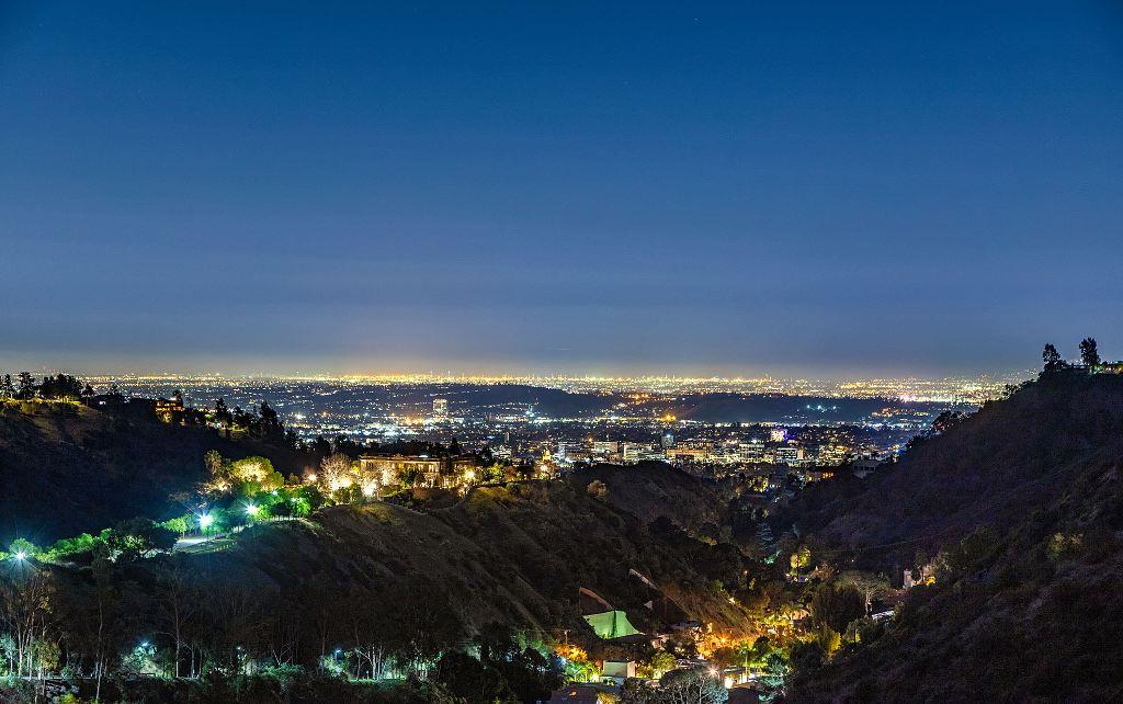 Hilton&Hyland - sídlo Sylvestera Stalloneho v Los Angeles je na prodej 11