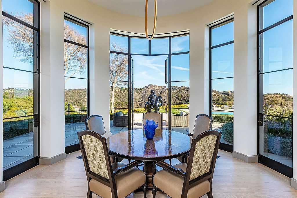 Hilton&Hyland - sídlo Sylvestera Stalloneho v Los Angeles je na prodej 016