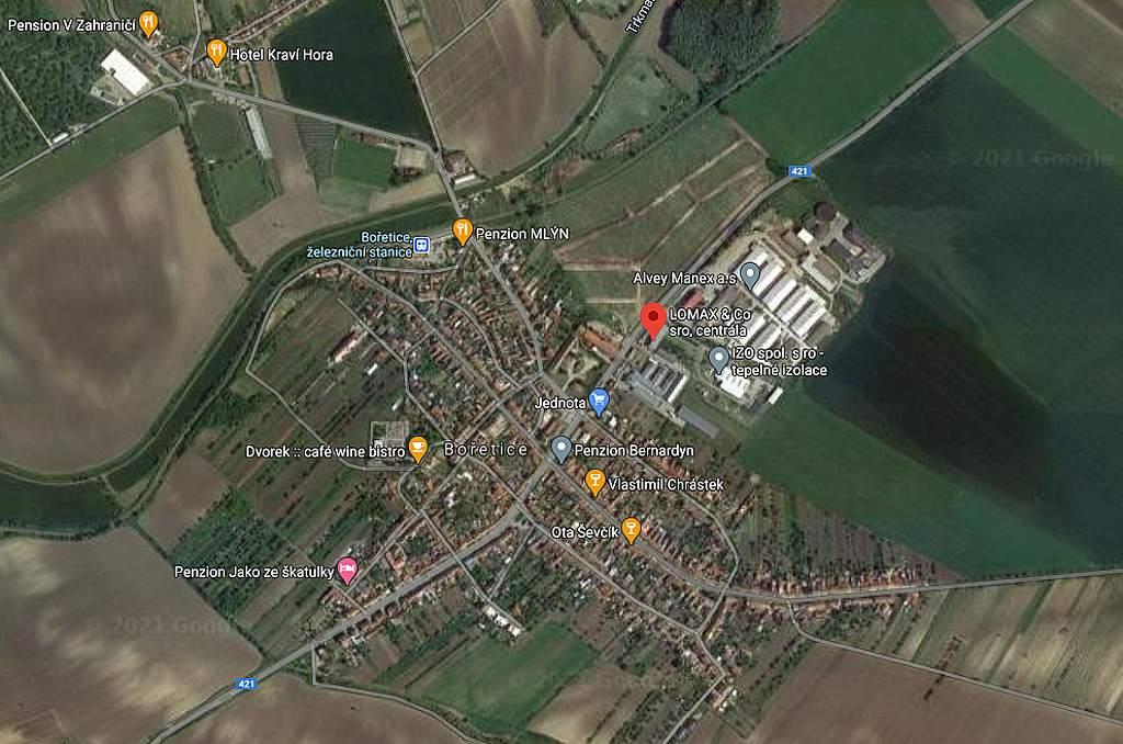Bořetice se sídlem Lomax (mapy Google)